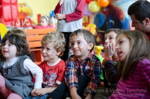 Детски фотограф за фотозаснемане на детски рожден ден Пловдив 12