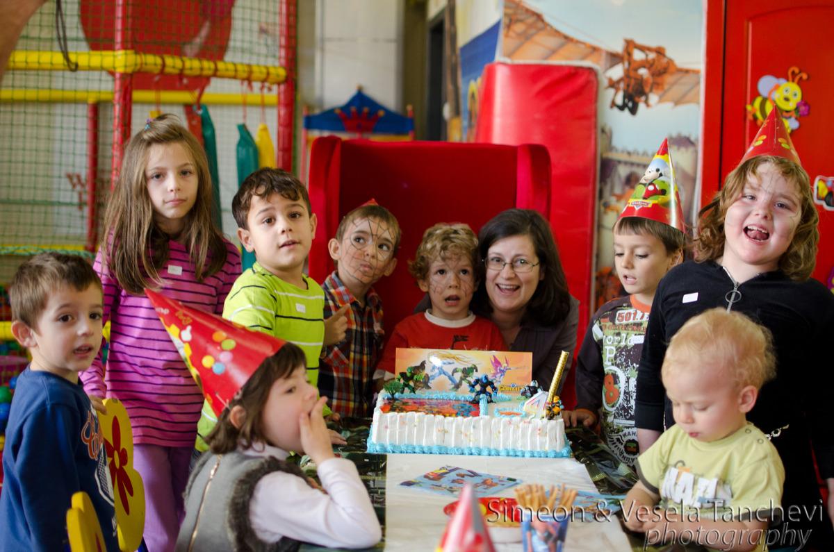 Детски фотограф за фотозаснемане на детски рожден ден Пловдив 2