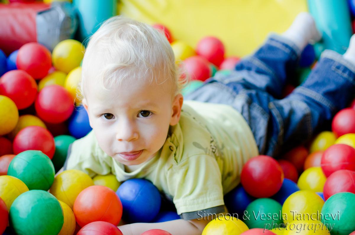 Детски фотограф за фотозаснемане на детски рожден ден Пловдив 1