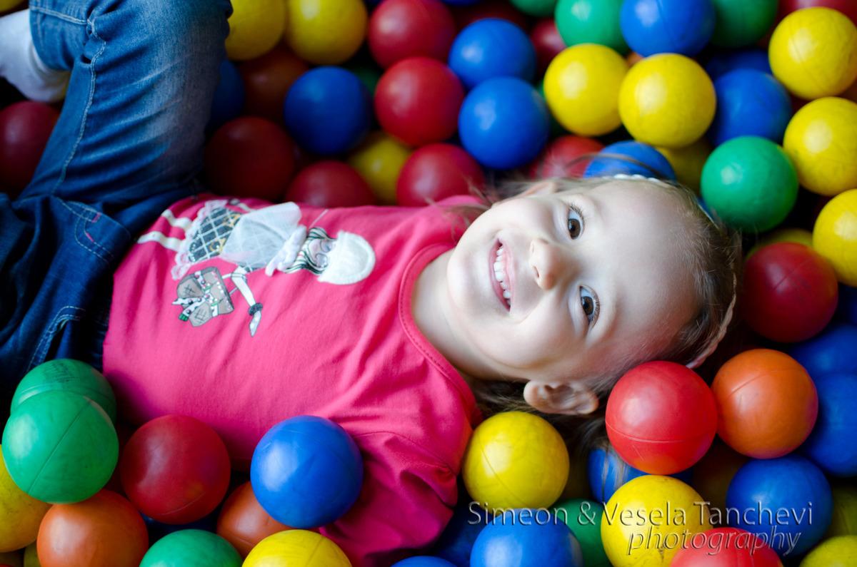 Детски фотограф за фотозаснемане на рожден ден Пловдив