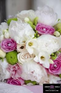 Детайли при сватбената фотография заснета от сватбен фтограф в Пловдив, София, Бургас, Варна 108