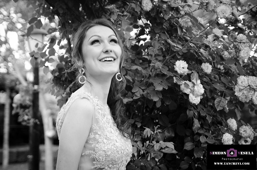 Абитуриенска фотография фотограф за абитуриентски бал фотосесия Пловдив София 57